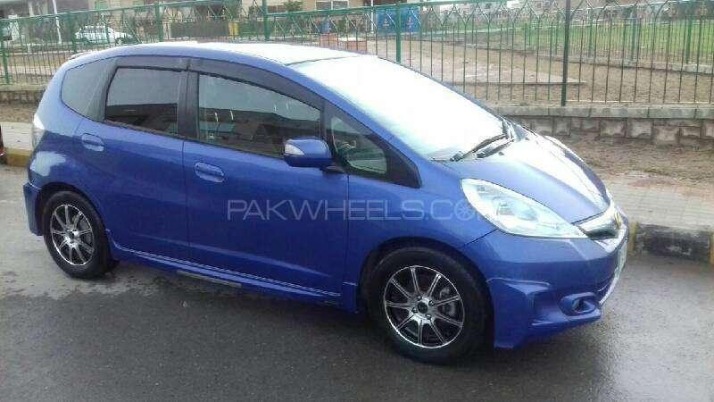 Honda Fit Hybrid Navi Premium Selection 2011 Image-12