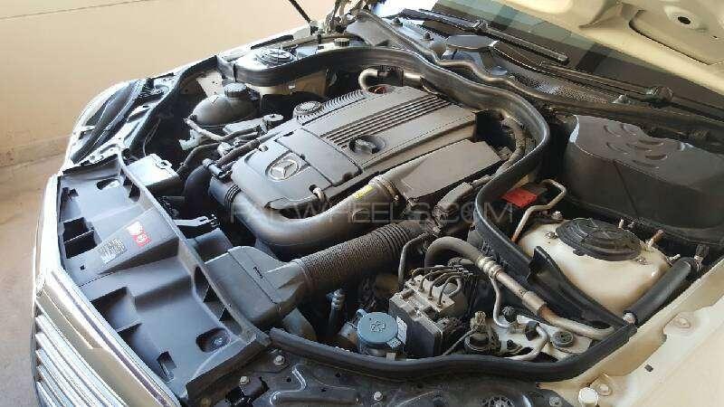 Mercedes Benz E Class E250 2010 Image-7