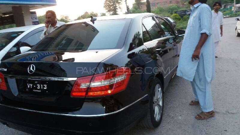 Mercedes Benz E Class E250 2012 Image-9