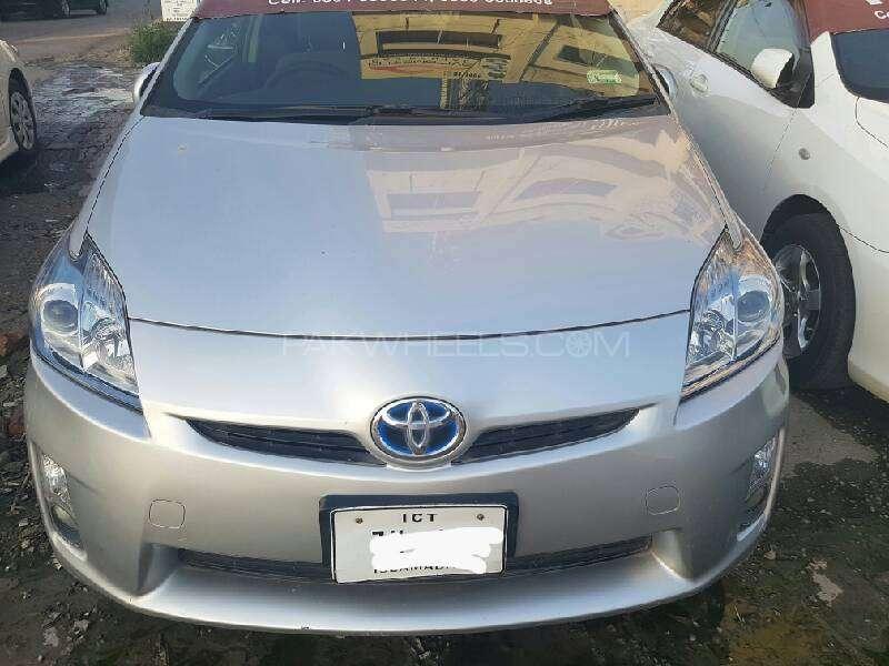Toyota Prius S 1.8 2010 Image-1