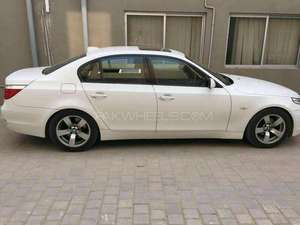 Slide_bmw-5-series-525i-2004-12688496