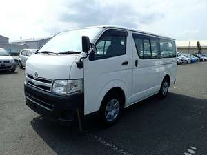 Toyota Hiace 2011 for Sale in Karachi
