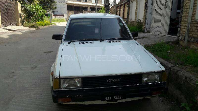 Toyota Corolla DX 1982 Image-6