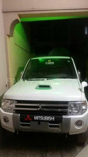 Mitsubishi Pajero Mini WHITE PEARL SELECT 2012 Image-1