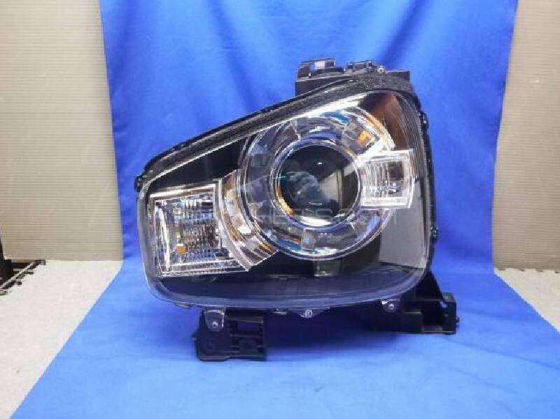 Alto 2015 left headlight Image-1