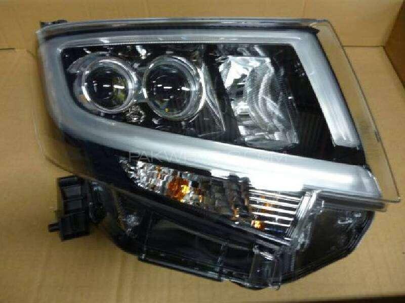 move custom 2015 right headlight Image-1