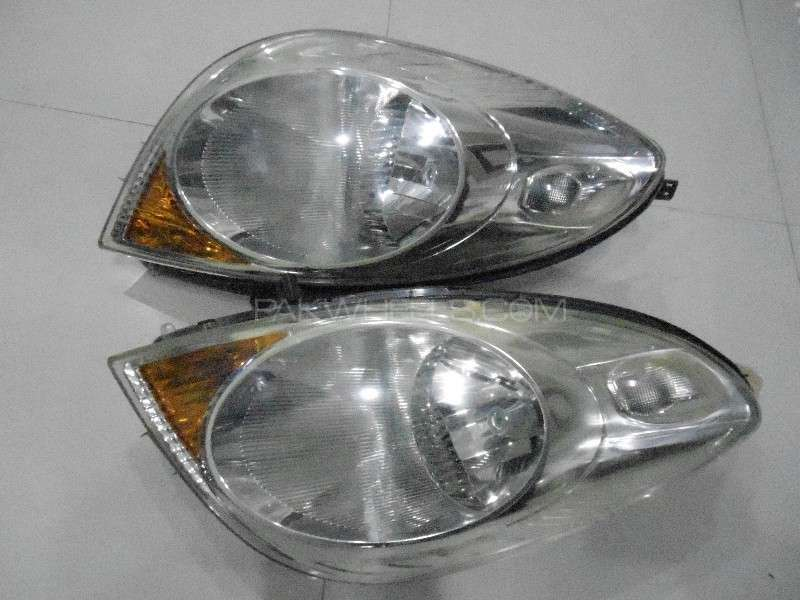 Nissan Note Headlights  Image-1