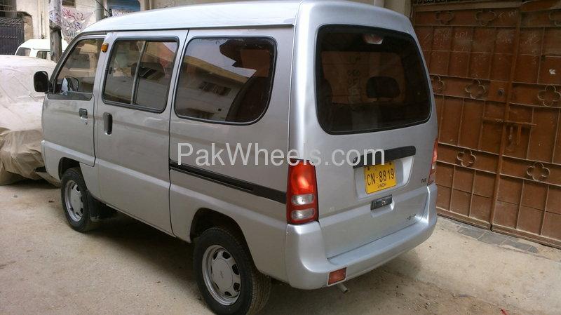roma family van 2005 for sale in karachi pakwheels. Black Bedroom Furniture Sets. Home Design Ideas