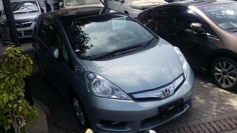 Honda Fit Hybrid 2013 Image-5