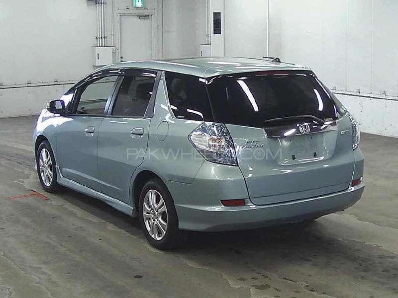 Honda Fit Hybrid 2013 Image-17