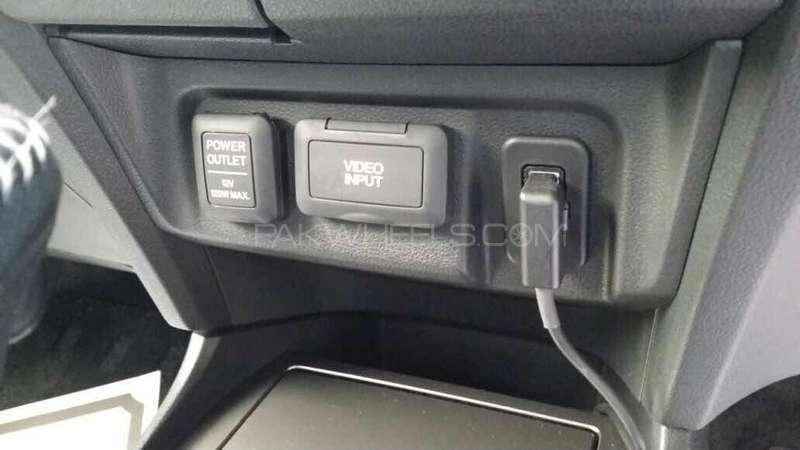 Honda Insight Exclusive XL INTER NAVI SELECT 2014 Image-14