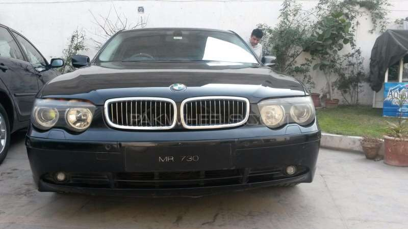 BMW 7 Series 730d 2004 Image-1