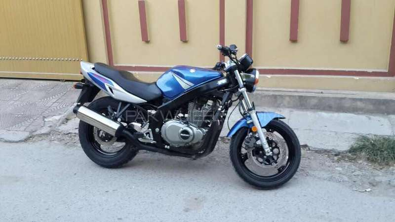 Suzuki GS500E 2004 Image-1
