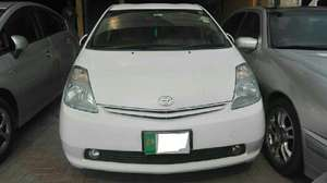 Toyota Prius S 1.5 2009 for Sale in Lahore