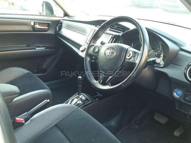Toyota Corolla Fielder G 2014 Image-4