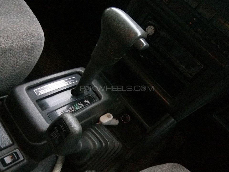 Mitsubishi Pajero Exceed Automatic 2.8D 1994 Image-10