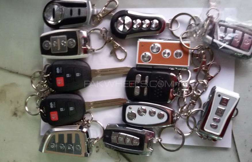 Car alarm system Remotes only Image-1