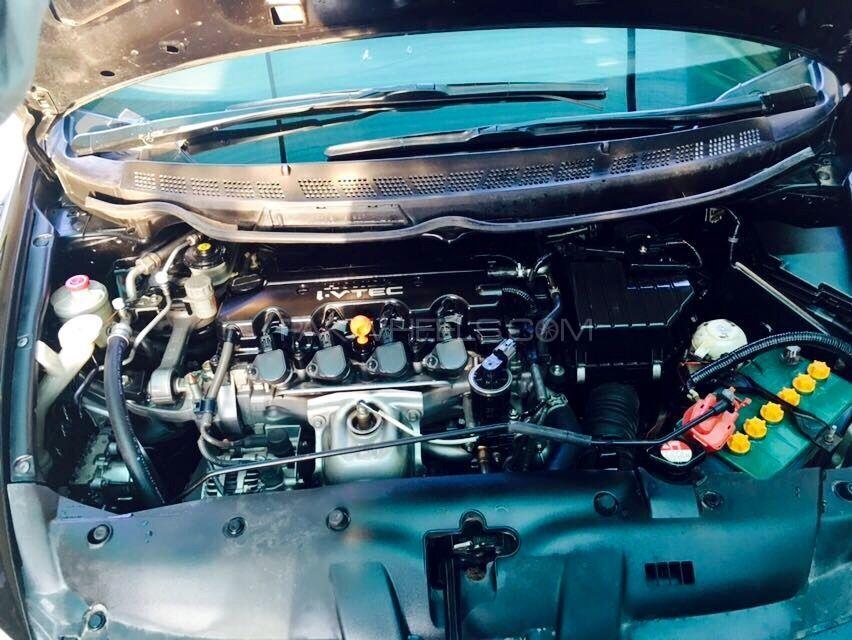 Honda Civic VTi 1.8 i-VTEC 2008 Image-4