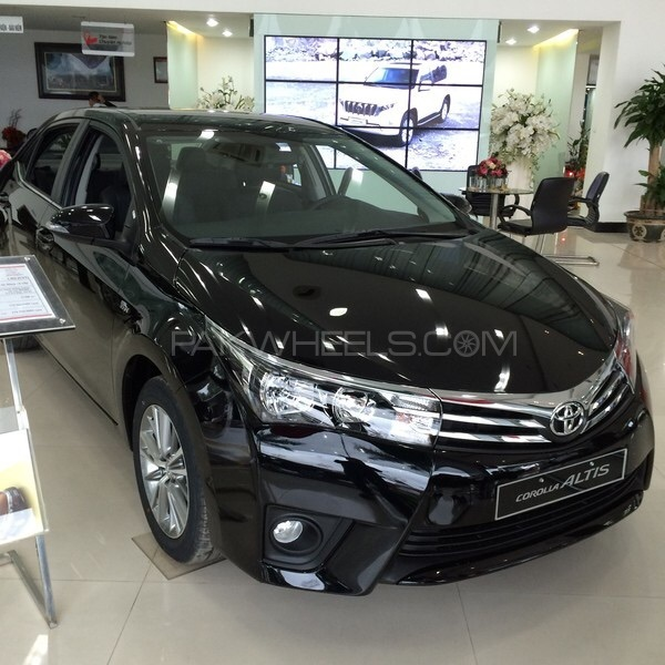 Toyota Corolla 2007 For Sale In Islamabad 1106884 additionally 2017 Toyota Corolla First Look Review additionally Toyota Corolla 2017 For Sale In Islamabad 2094721 together with Toyota Corolla 2014 Car Wallpapers Gallery T85320 likewise Photo 36. on toyota altis radio