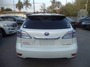 Slide_lexus-rx-series-450h-2-2011-13050910