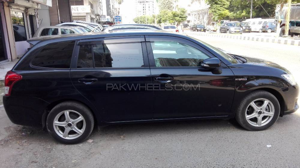 Toyota Corolla Fielder Hybrid 2014 for sale in Karachi ...