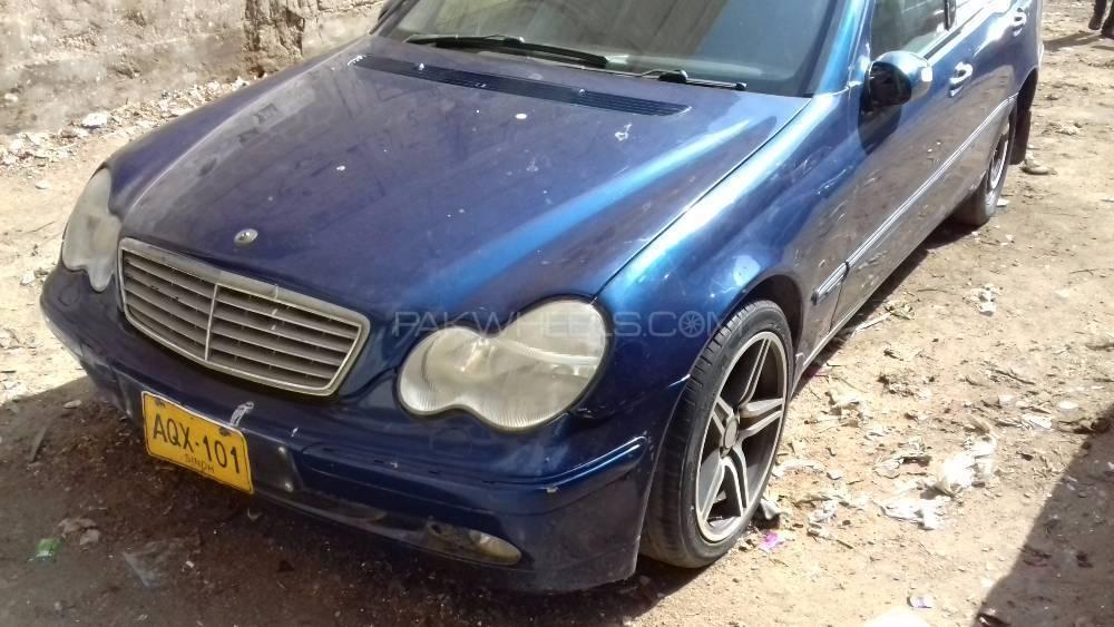 Mercedes Benz C Class C200 CDI 2004 Image-3