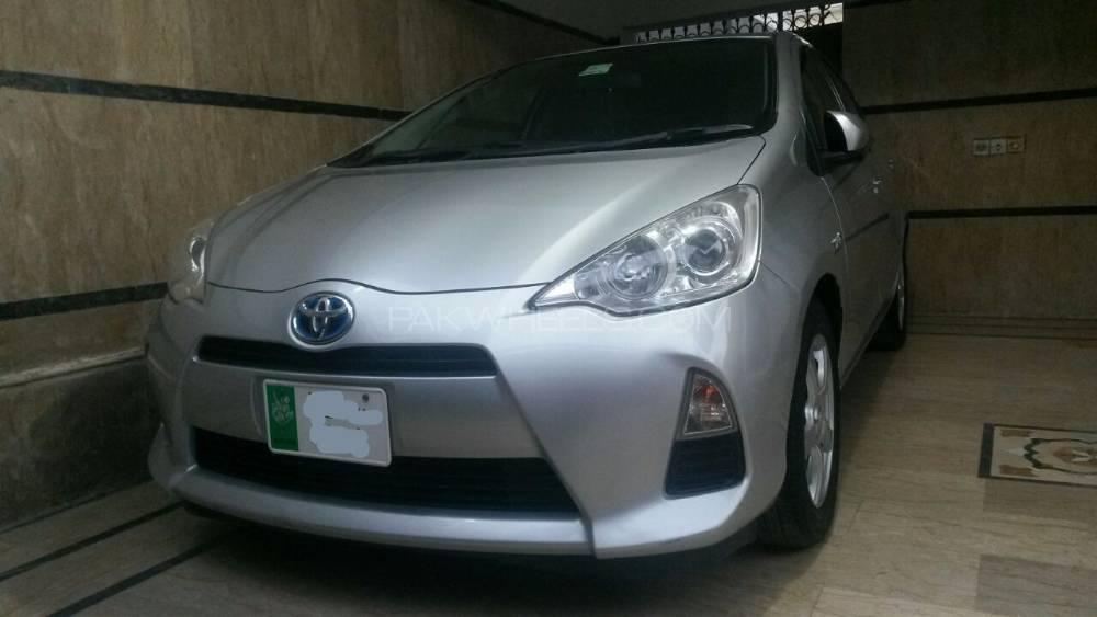 Toyota Aqua S 2012 Image-15
