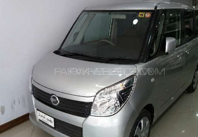 Nissan Roox 2011 Image-1