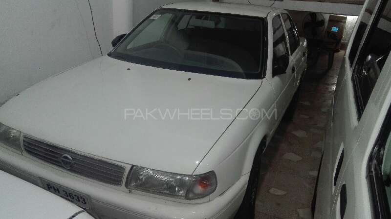 Nissan Sunny IDLX 1993 Image-1