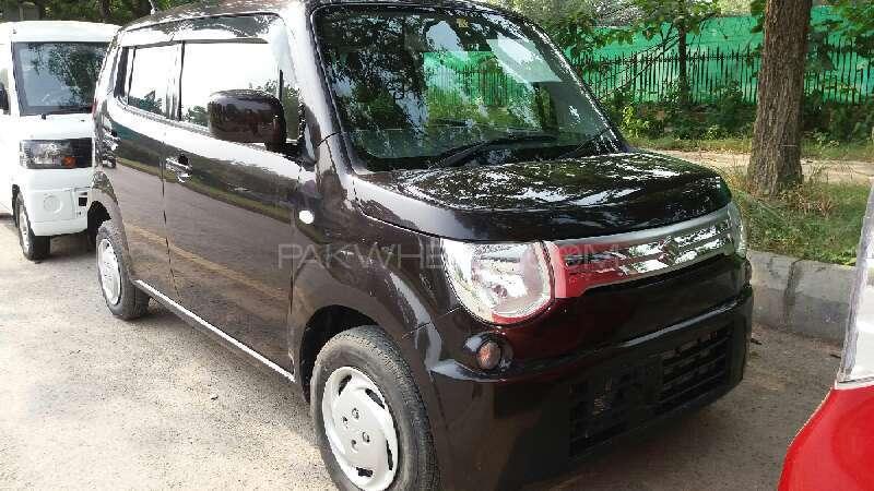 Suzuki MR Wagon X 2013 Image-1