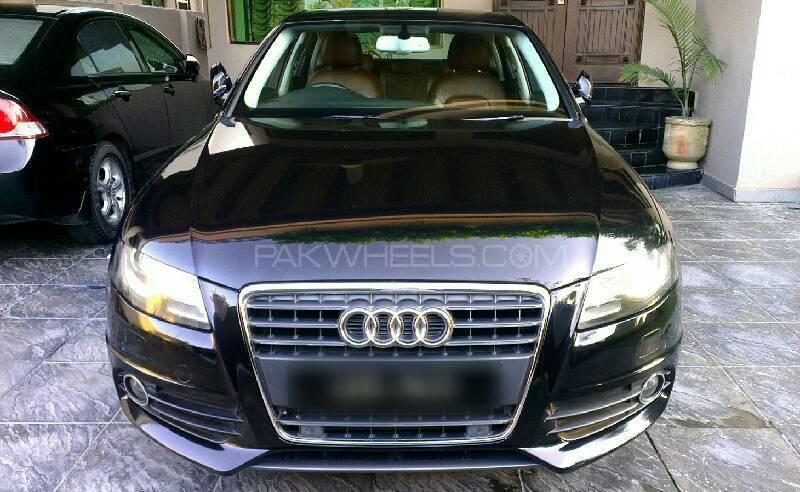 Audi A4 1.8 TFSI 2011 Image-1