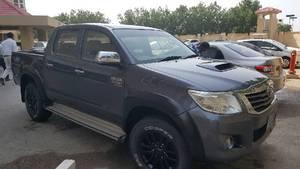 Toyota Hilux D-4D Automatic 2012 for Sale in Karachi