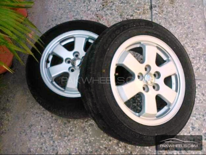 "15"" 5nutts Japnese Rim and Tyre Image-1"