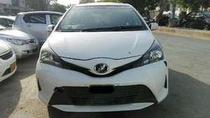 Toyota Vitz 2014 for Sale in Karachi