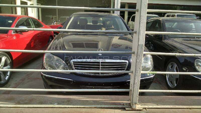 mercedes benz s class s 320 2001 for sale in karachi. Black Bedroom Furniture Sets. Home Design Ideas