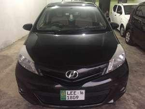 Toyota Vitz F 1.0 2012 for Sale in Sialkot