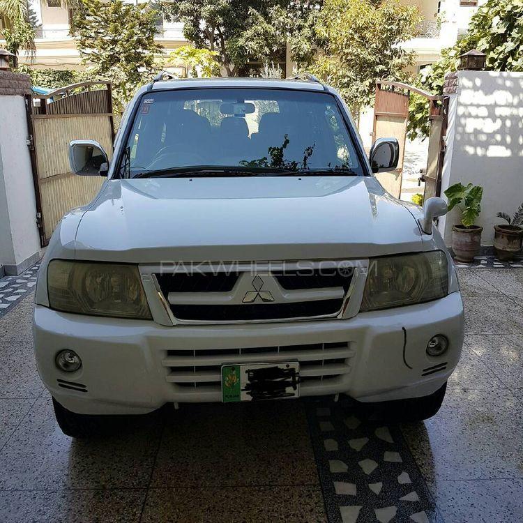 Mitsubishi Pajero GLX 3.2D 2002 Image-1