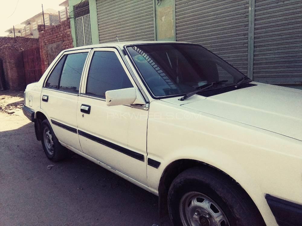 Nissan Sunny EX Saloon 1.3 1985 Image-1