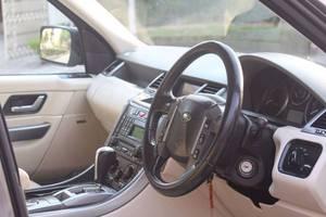 Slide_range-rover-sport-tdv6-2006-13502462