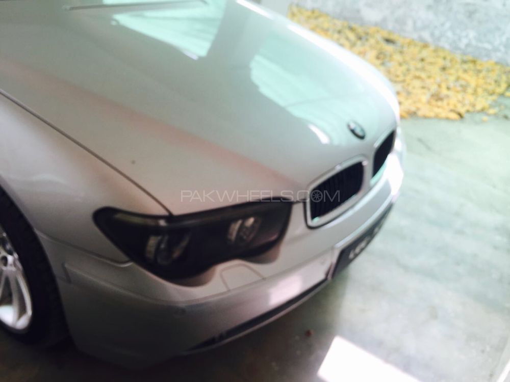 BMW 7 Series 730d 2007 Image-1