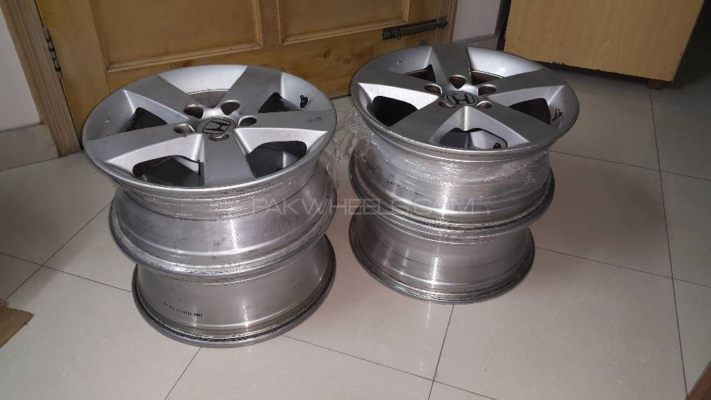 Honda Civic (Reborn) alloy wheels (GCC version) Image-1