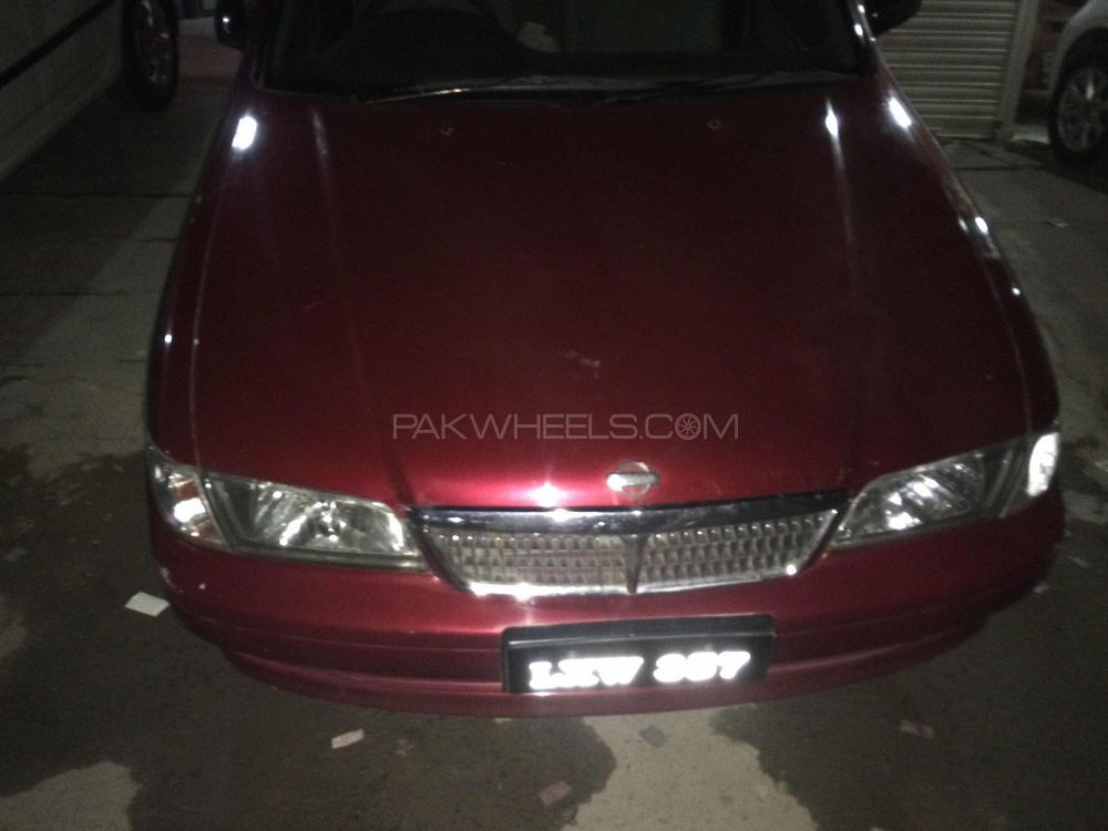 Nissan Sunny EX Saloon Automatic 1.6 2001 Image-1