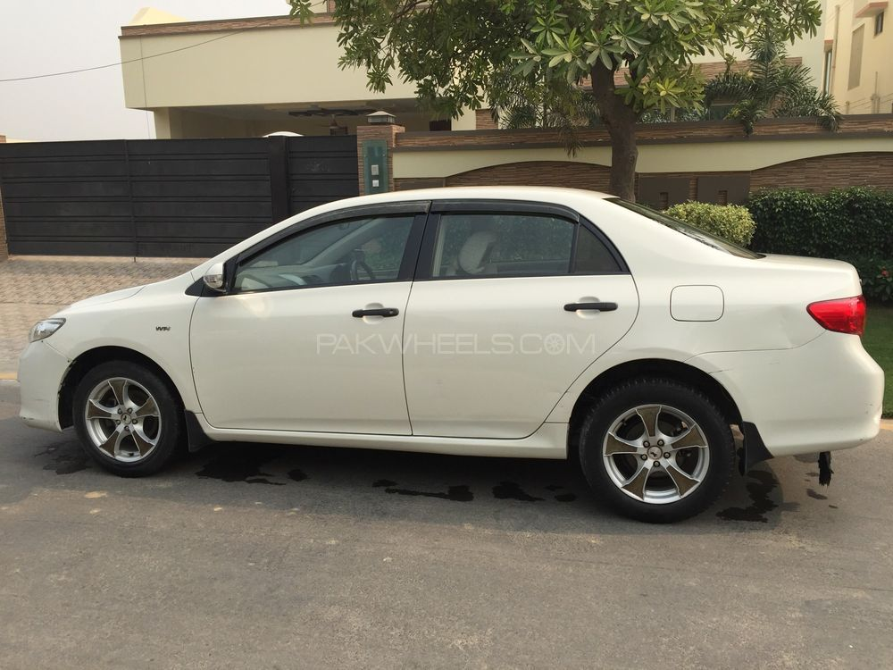 toyota corolla xli vvti 2010 for sale in lahore pakwheels. Black Bedroom Furniture Sets. Home Design Ideas
