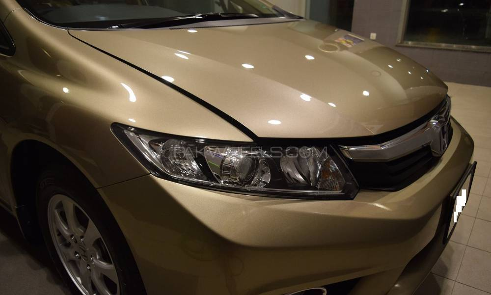 Honda Civic VTi Oriel 1.8 i-VTEC 2014 Image-1