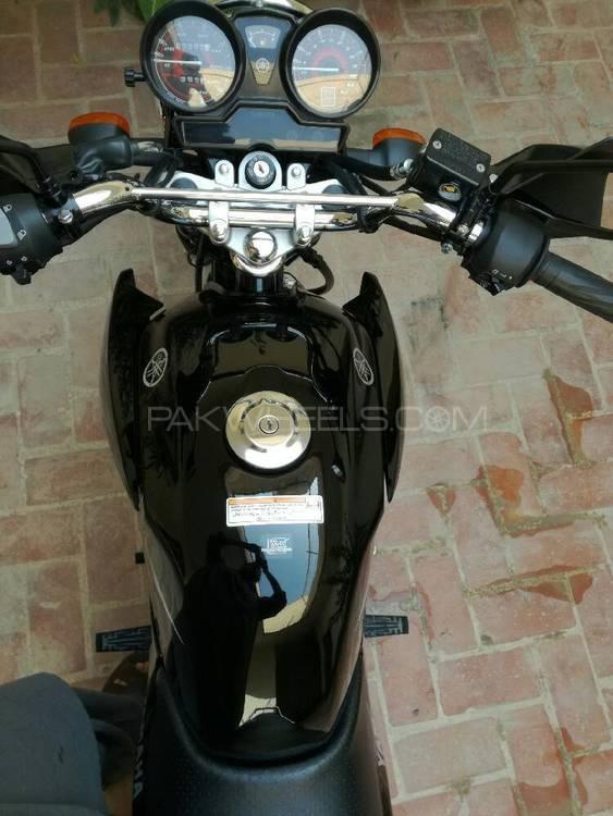 Yamaha YBR 125 2016 Image-1