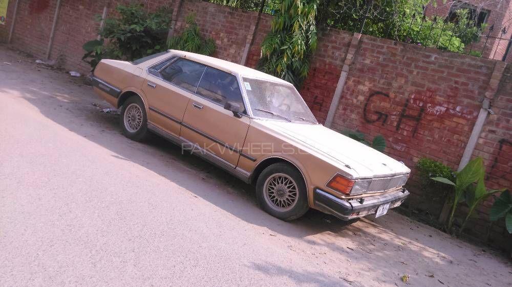 Nissan Gloria 1982 Image-1
