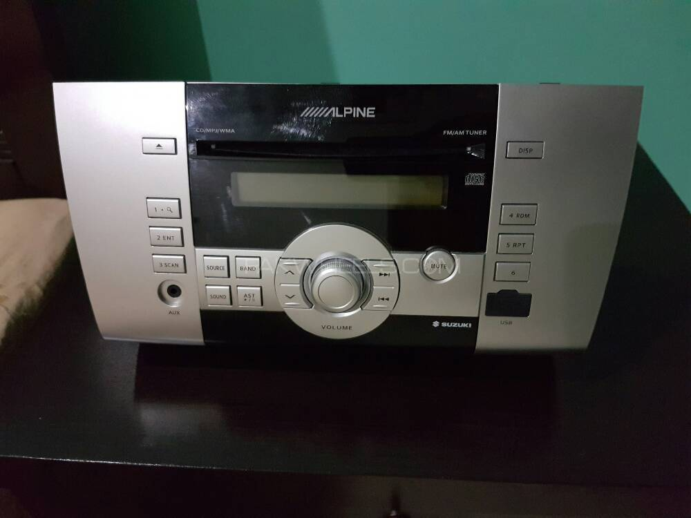 Suzuki Swift Original Alpine Pre - CD Player Image-1