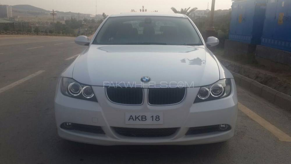BMW 3 Series 320d 2006 Image-1