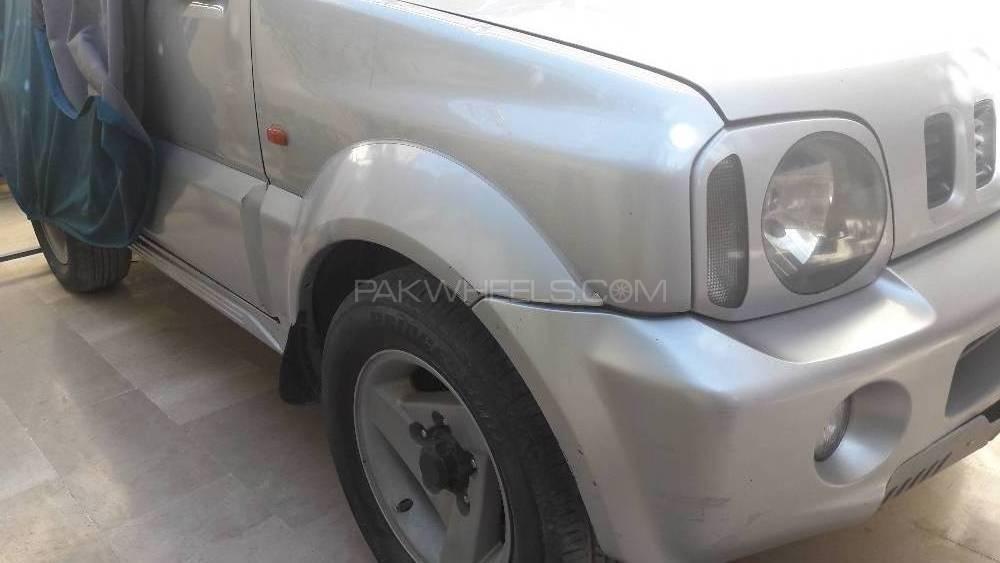 Suzuki Jimny JLDX 1998 Image-1