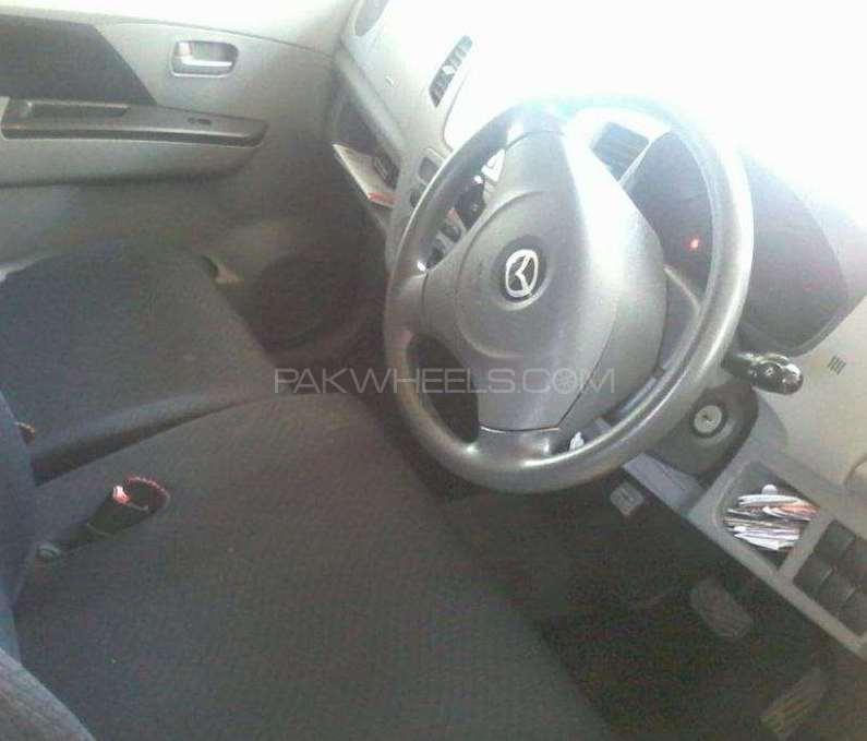 Mazda Azwagon 2012 Image-1